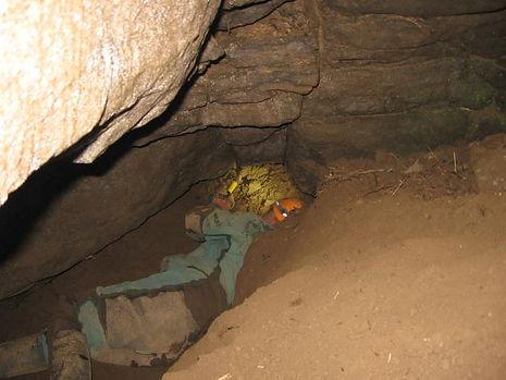 Chrissies Cave, Loughrea