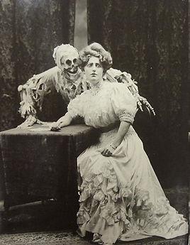 Victorian-Ghost.jpg
