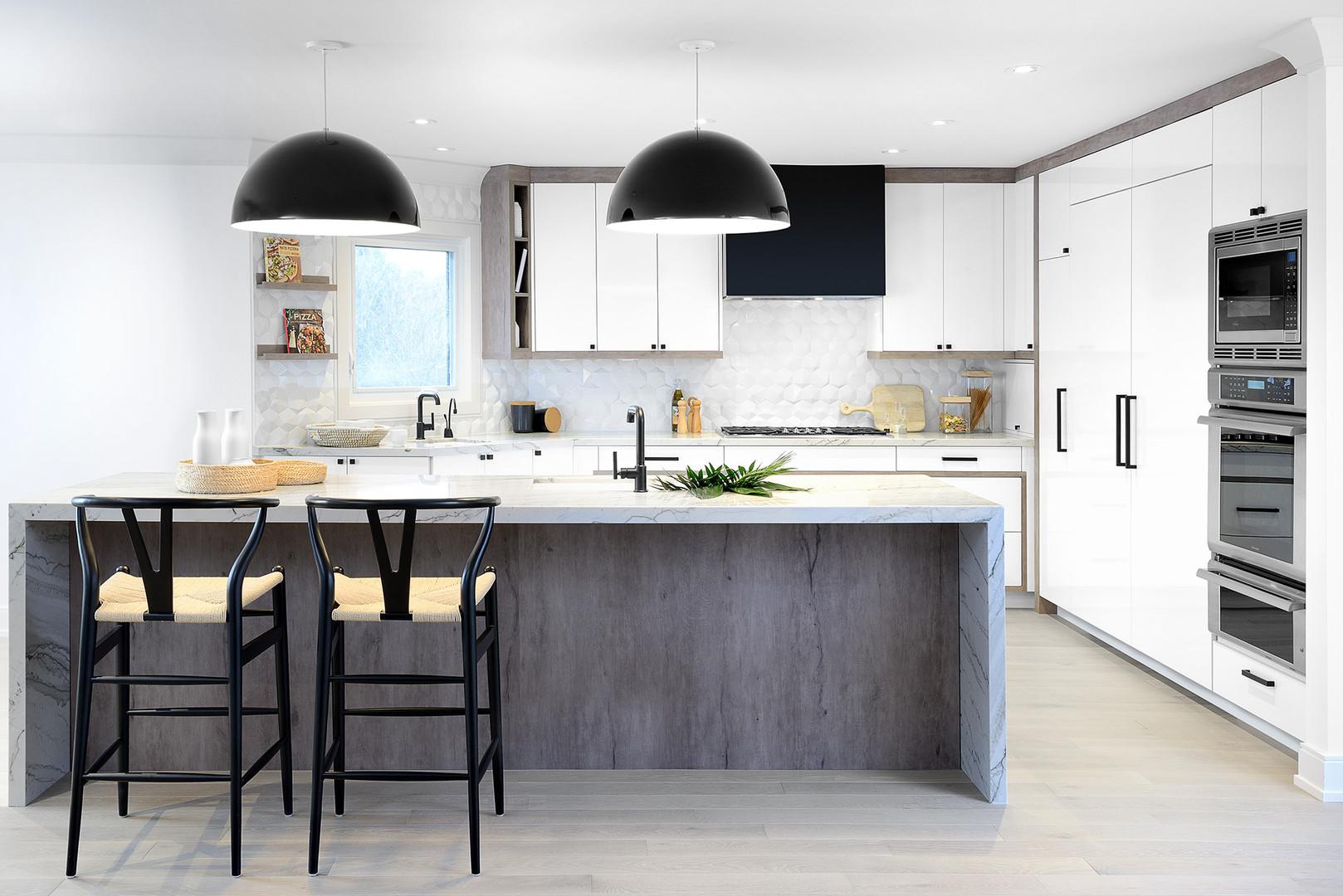 Casual luxury kitchen