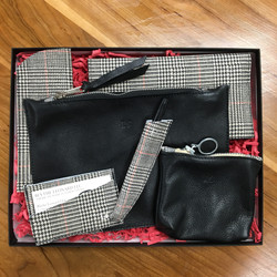 Black and Wales Gift Set