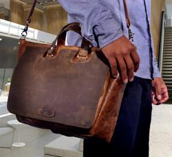 Howard Messenger Bag