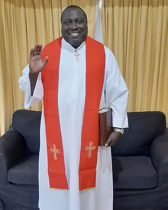 Adeniyi Ekine in White garment - photo 2