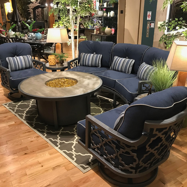 Castelle Belle Epoque with Round gas fire pit coffee table