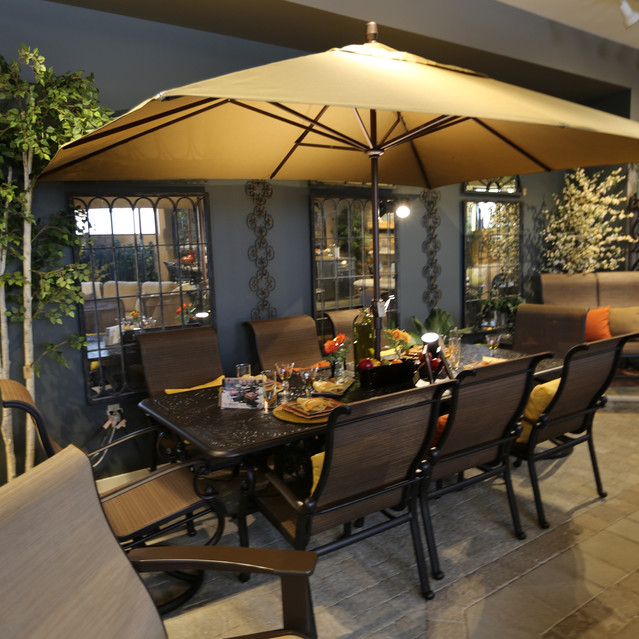 Hanamint St Augustine Sling Dining with Solid Cast Aluminum Extension Table