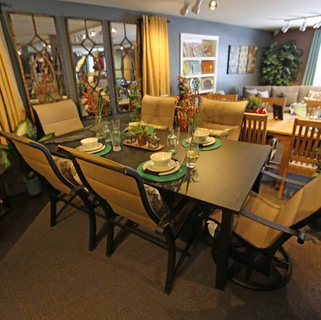 Woodard Cortland Padded Sling Dining Chairs with Solid Top Table