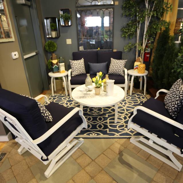 Woodard White Cushion Set