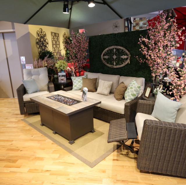 Lloyd-Flanders Mesa Wicker Sofa with Outdoor Wicker Swivel Glider Recliners
