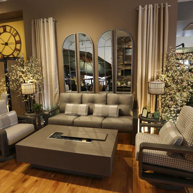 Woodard Vale Modern Outdoor Furniture