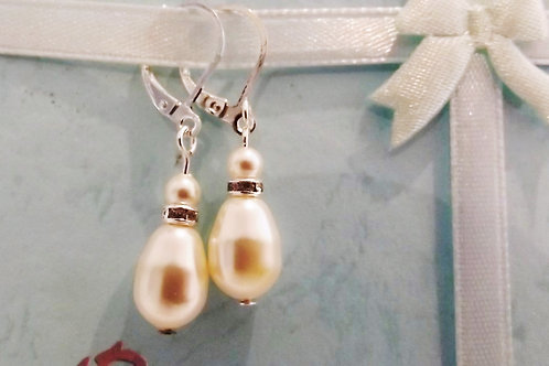 Ivory Teardrop Pearl Earrings on Silver