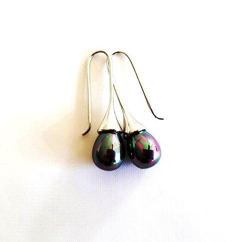 Teardrop Black Peacock Shell Pearl Drop Earrings