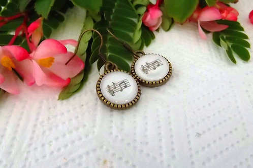 Musical Notes -  Brass earrings