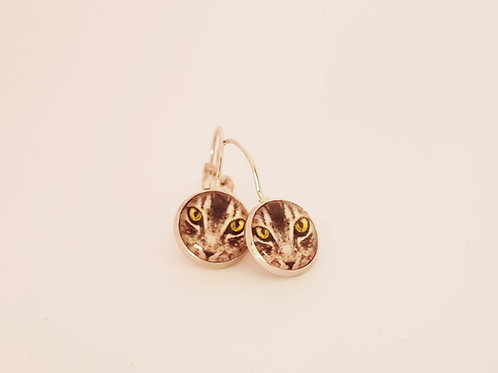 Tabby Cat Face Earrings - silver Leverback Earrings