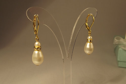 Ivory Teardrop Pearl Earrings on Gold