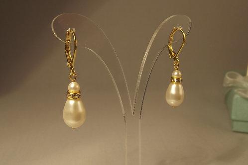 Swarovski Ivory Teardrop Pearl Earrings on Gold
