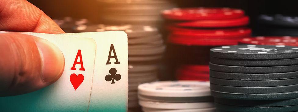 Texas-Holdem_Poker__retouchAdobeStock_33