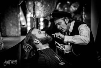 peakyhats barber
