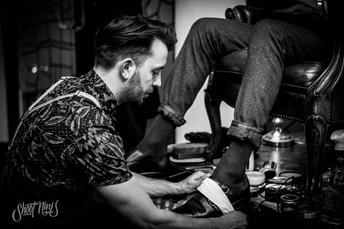 shoeshiner