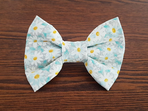 Pretty Daisy Bow Tie Priced From