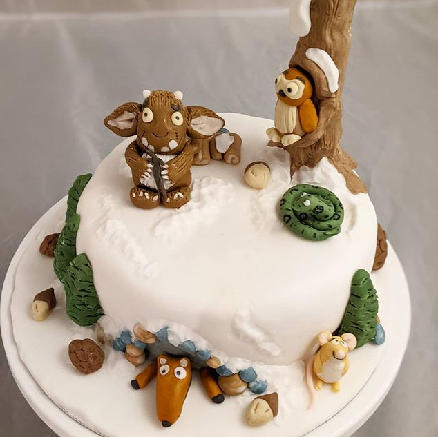 Gruffalos Child Christmas Cake