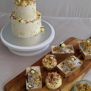 Bumble Bee Wedding Cake