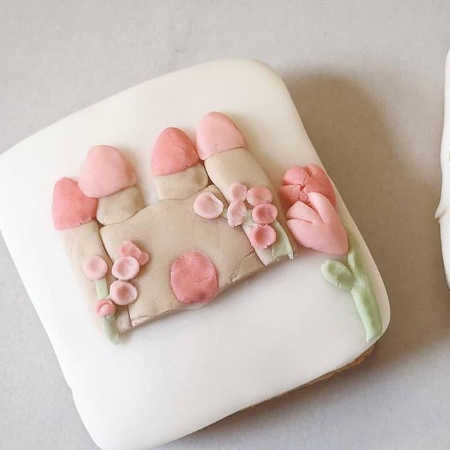 Pretty Princess Biscuit Box