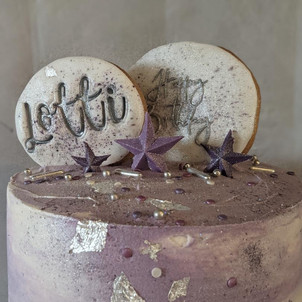 Silver Leaf and Lilac Cake
