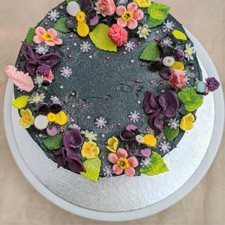 Dramatic Flower Cake