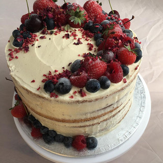 semi-naked rustic cake