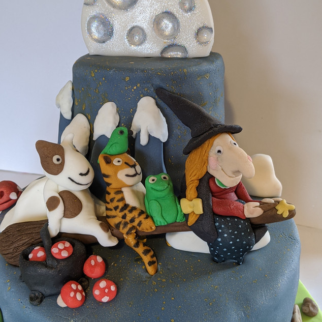 Room on the Broom Cake