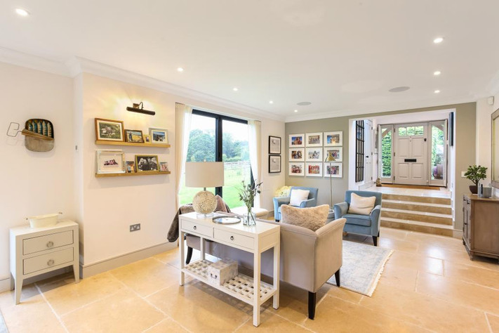 Completion photos of house remodel & extension in Hartley Wintney