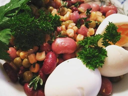 Nesten flaut enkel og god lunsj med bønner og egg