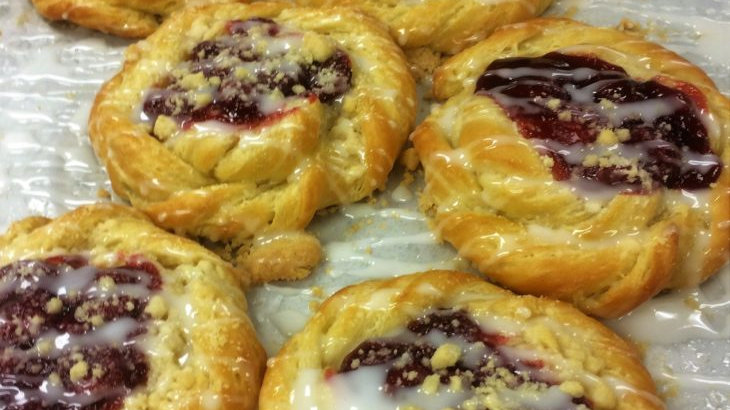 Cherry Danish 2ct