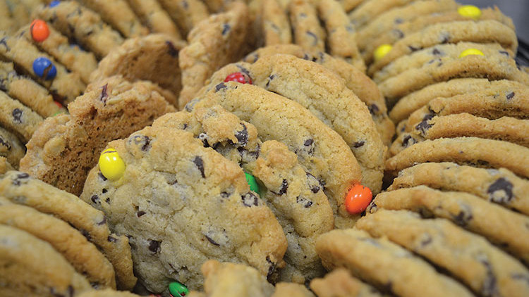 M&M Chocolate Chip Cookies 10ct