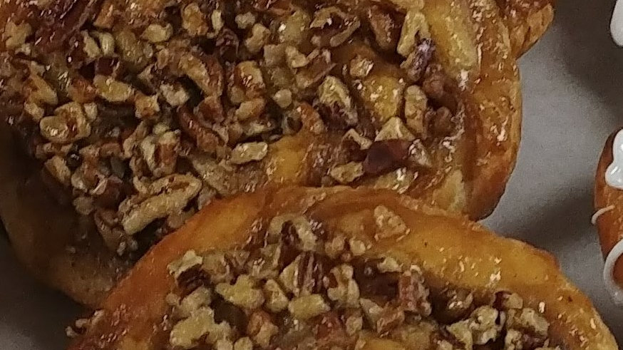 Pecan Sticky Buns 2ct