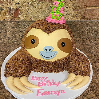 Sloth shaped birthday cake _#sloth #slot