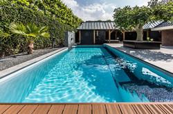 تصميم وبناء حمامات السباحة