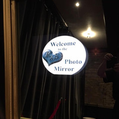 Photo Booths & Mirrors