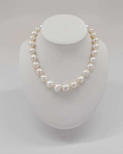 """18""""Metallic White Ripple Pearl Necklace 11.0-14.0mm"""
