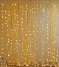 10x20 600 Light LED Curtain Gold