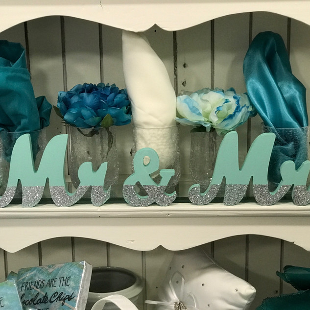 Mr & Mrs Sign - Mint & Silver