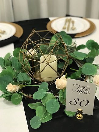 Guest Table Centerpiece (2).jpg