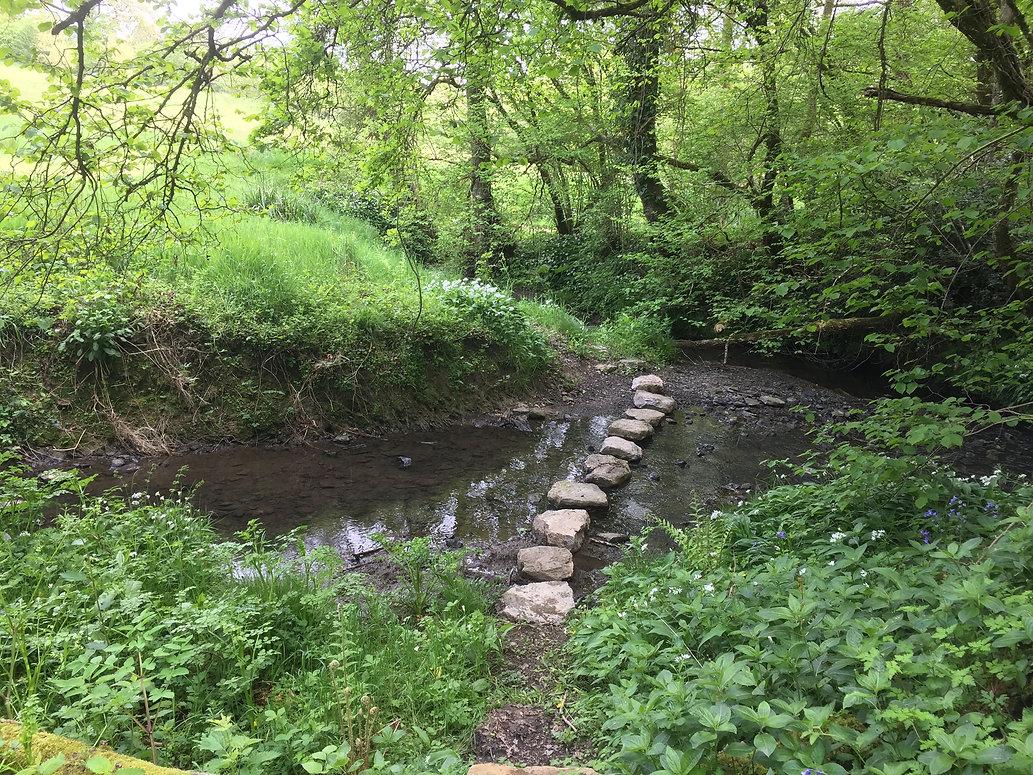 Vobbster Farm stone-brige.jpg