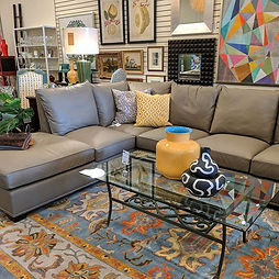 Lovely #leathersectional by #wesley_hall