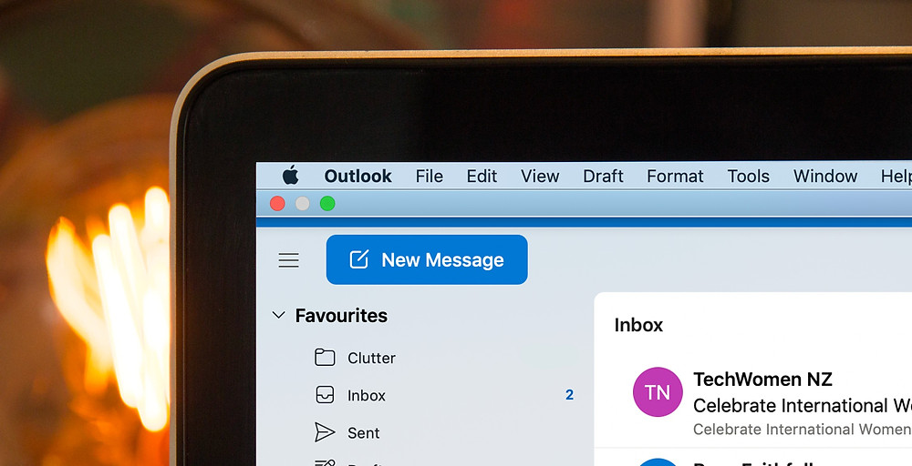 Outlook email on Macbook