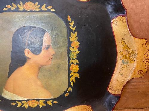Portrait tray
