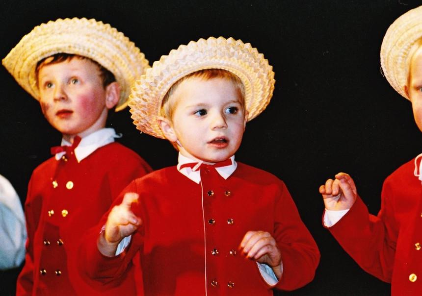 KL dzieci mid2000s.jpg