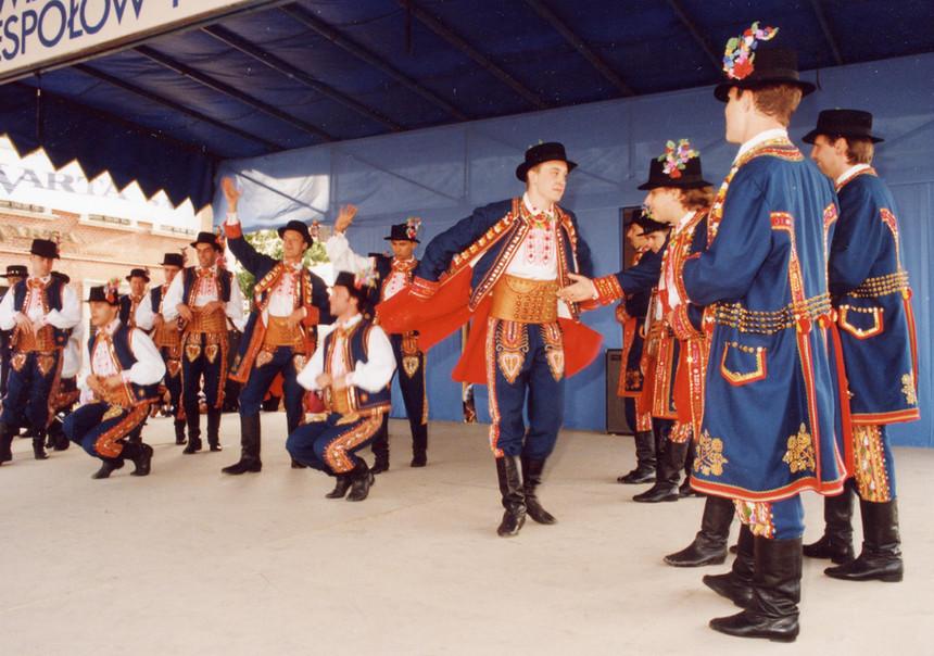 Karolinka 1990s RzeszowFest (3).jpg