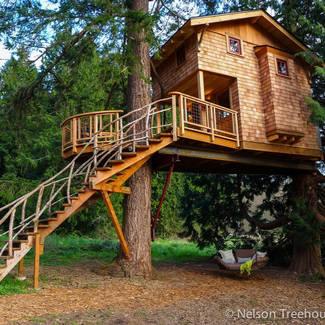 Treehouse Resort & Spa, Redmond