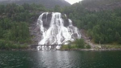 Waterfall on approach to Sondal