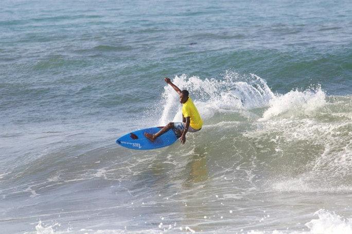 chispi-cartagena surfing club.jpg